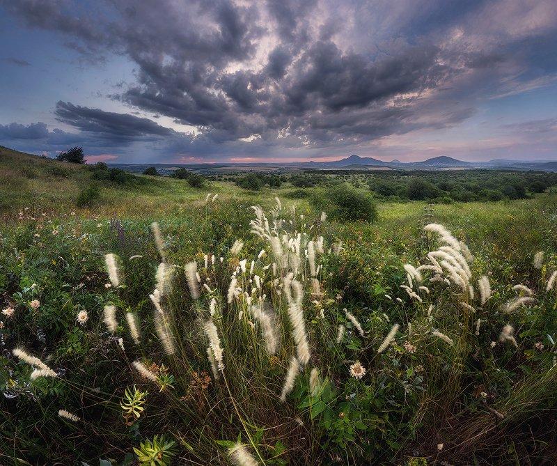 бештау, горы, закат, кмв Качает ветер травы в поле..photo preview