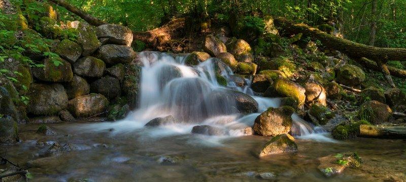 изборск, псков, река, вода, природа, камни, мельница Мельничный ручейphoto preview