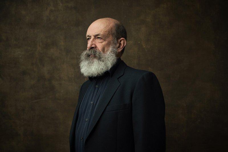 #story #photography #ocean #science #studio #portrait #hero #oldman #backdrop #person #profoto #dark #nodia #sonyphotorussia #luminar Sergey Smolitskiyphoto preview