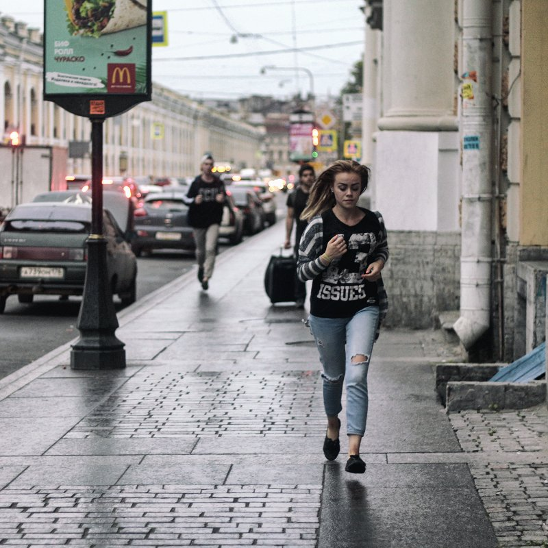 девушка, питер, улица по городуphoto preview