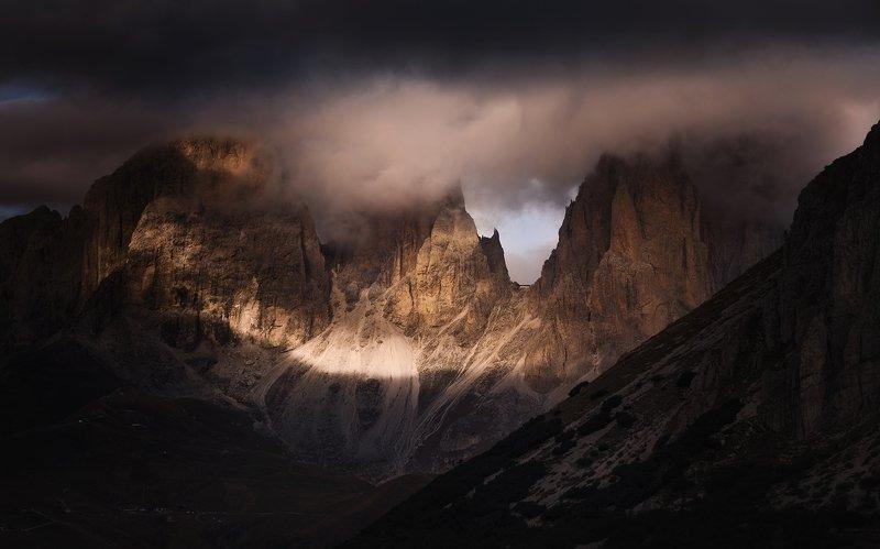 Доломити, Италия - масива Сасолунго.photo preview