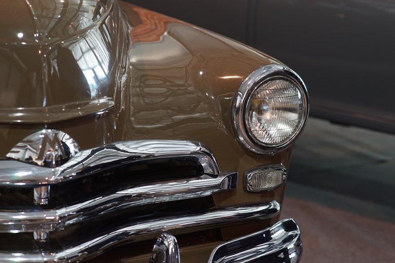 Oldtimer car Moskvichphoto preview
