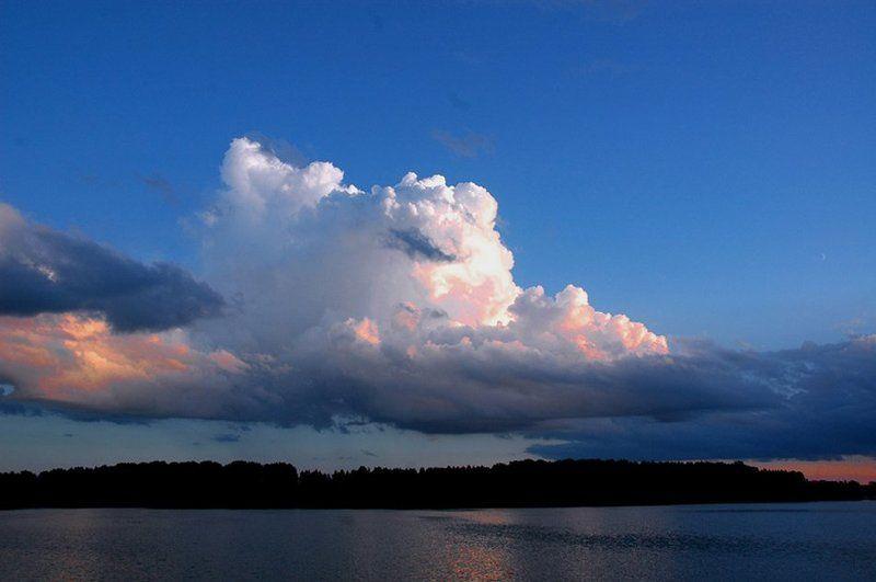 2007 июль, бологое, озеро, закат, облако Просто красивое облакоphoto preview