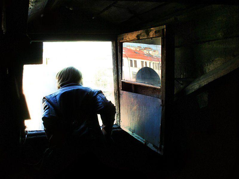 окно, чердак, крыши, силуэт, свет, отражение, петербург Взгляд..photo preview