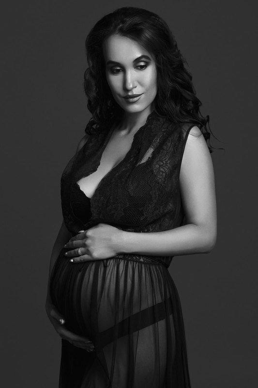 чб, черно-белое фото, портрет, беременность, будущая мама, maternity, bw, black and white Маргаритаphoto preview