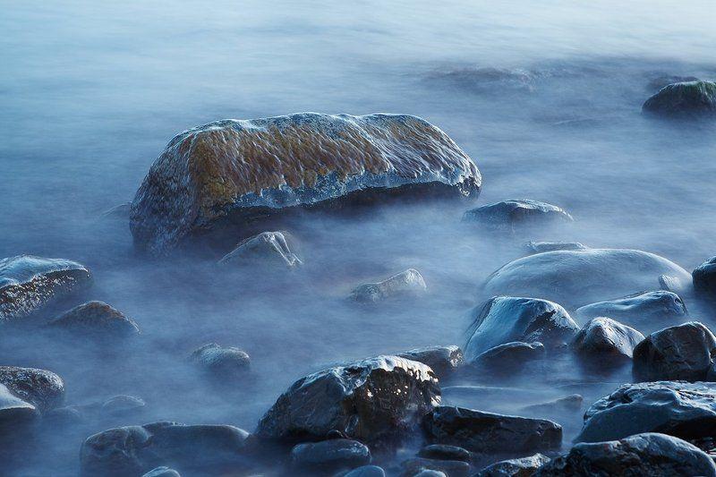 Камни в водеphoto preview
