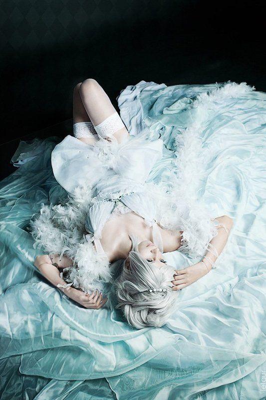 Белая королева кукол Cliophoto preview