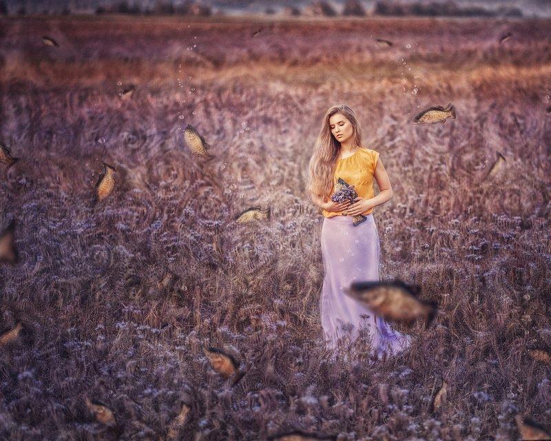 portrait, surrealism, purple, fishing, women, blond, field, outdoor, девушка, портрет, поле, сюрреализм, фиолетовый, рыбалка photo preview