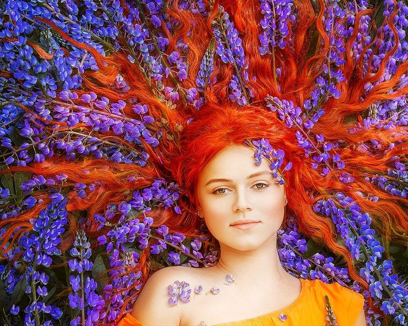 портрет, рыжий, люпины, фиолетовый, лето, цветы, portrait, redhead, redhair, purple, flowers, summer photo preview