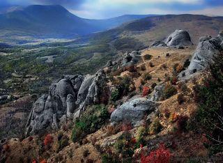 Поляна сказок в Долине Привидений Крыма