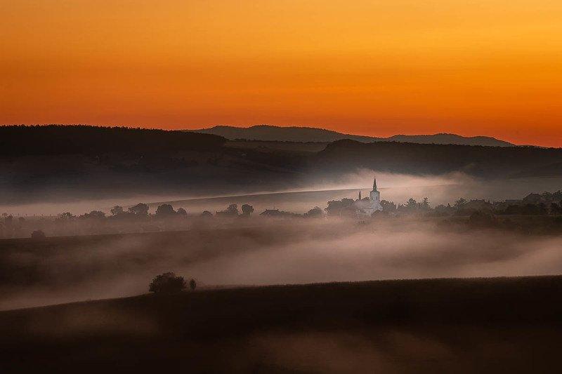 #landscape #calm #sky #clouds #sunrise #trees #foggy #fog #canon #longexposure #nature #beautiful #colorful #hills Moraviaphoto preview