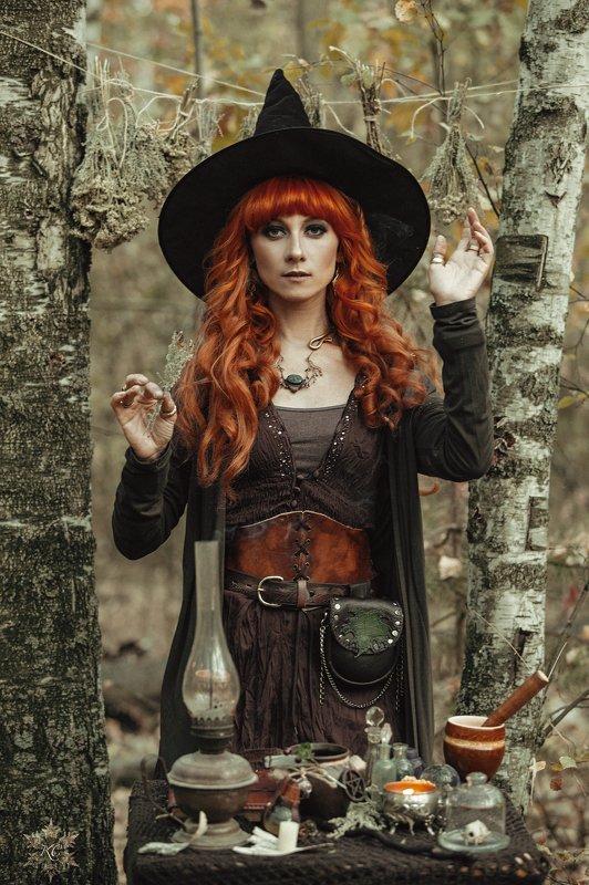 Лесная ведьма лес осень Witch Forest Один день из жизни ведьмыphoto preview