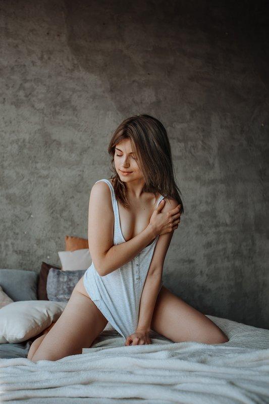 девушка, девочка, портрет, белье, кровать,  Alisaphoto preview