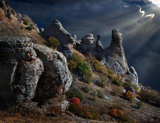 Окаменевшие ИДОЛЫ Долины Привидений