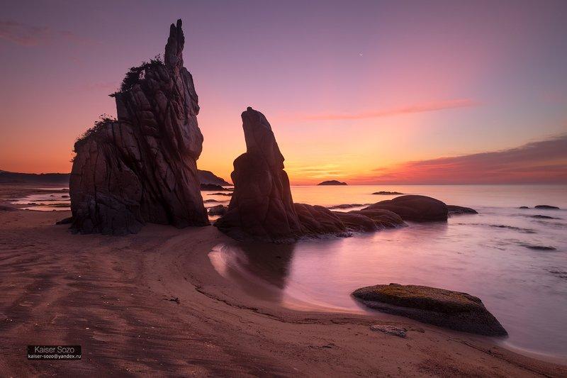 приморье, море, кекуры, рассвет, камни, японское море, лазовский заповедник Кекуры бухты Заряphoto preview
