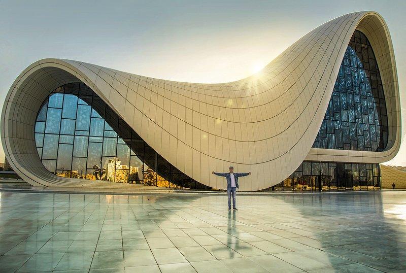 Азербайджан, Баку - Центр Гейдара Алиеваphoto preview