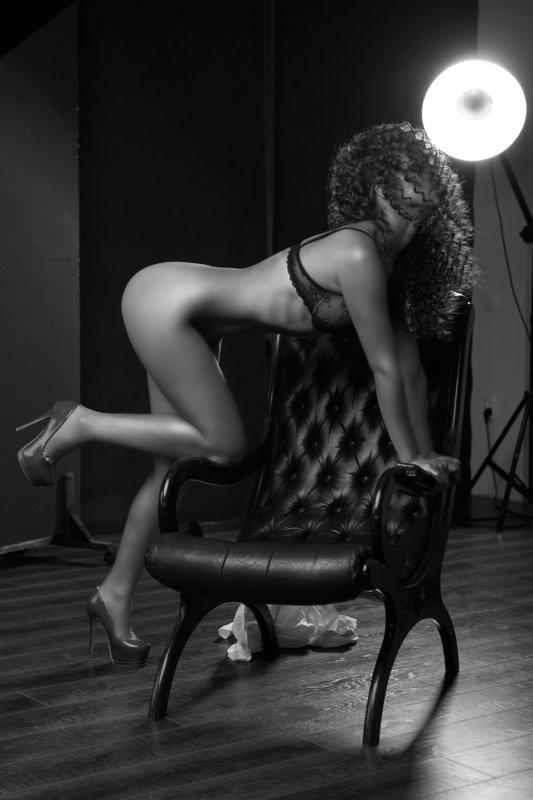 #nude #bodoir #black and white #fashion  Juliaphoto preview
