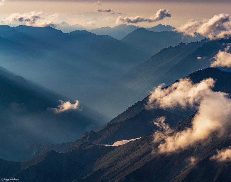 тянь-шань, баянкол, горы, закат, мраморная стена Вечер после штормаphoto preview