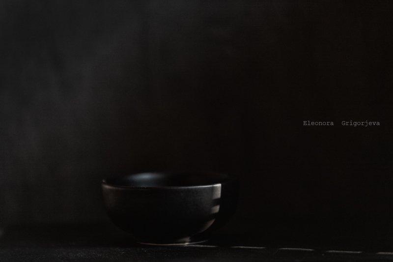 Минимализм в чёрномphoto preview