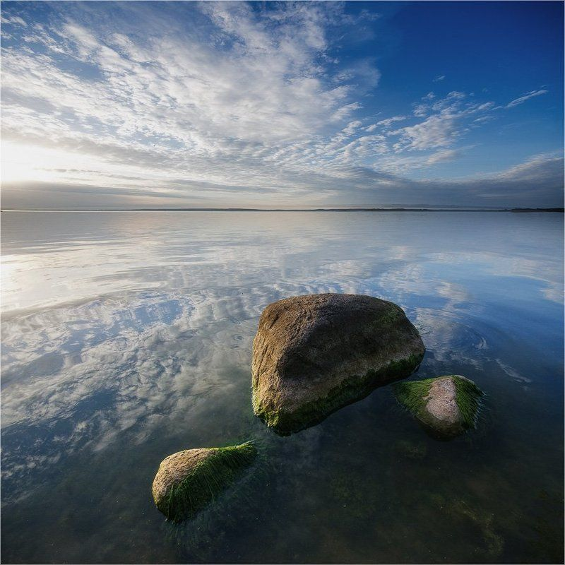 камни, море, небо, облака, отражение ...photo preview