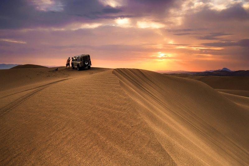 Desert sunrisephoto preview