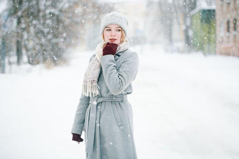 девушка, снег, улица Аннаphoto preview