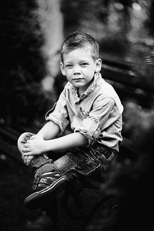 портрет,ребенок,ч/б ***photo preview