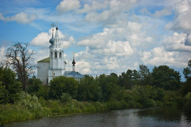 козьмодемьянская церковь, суздаль Козьмодемьянская церковь. Суздаль.photo preview