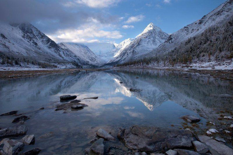 алтай, горный алтай, горы, пейзаж, осень, ак-кем, белуха Молодое утро сходит с горphoto preview