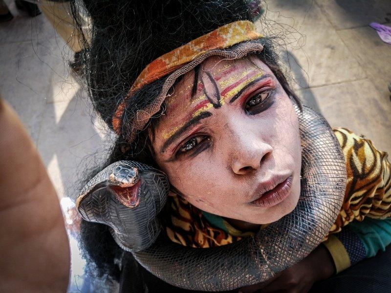 #Varanasi #kashi #banaras #shiva #littleboy #dhirajgoswami #dhirajgoswamiphotography  ओह.... मेरे भोले भण्डारी।  photo preview
