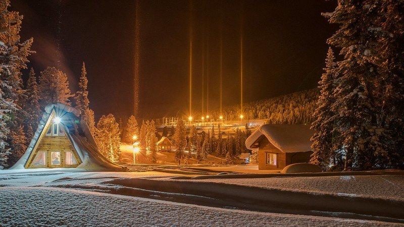 ергаки ночь огни снег зима кедры дома столбы свет вечер Зимний вечер в Саянахphoto preview