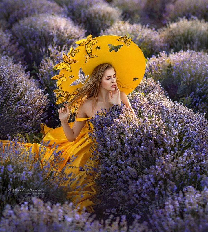 portreit, people, girl, butterfly, yellov, lavender, woman, irinadzhul, dzhulirina Butterflyphoto preview