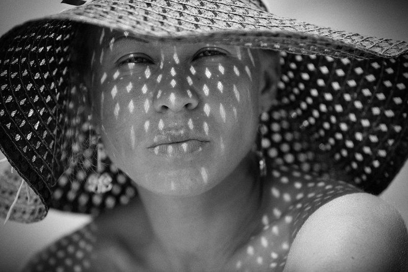девушка, шляпка, свет, тень Любимаяphoto preview