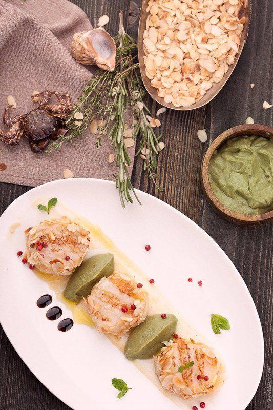 еда, гребешки, миндаль, миндальный орех, scallops, almonds, seafood, морепродукты Scallops in almonds with orange-ginger saucephoto preview