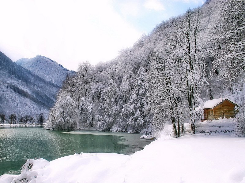горы озеро баня Банька.photo preview