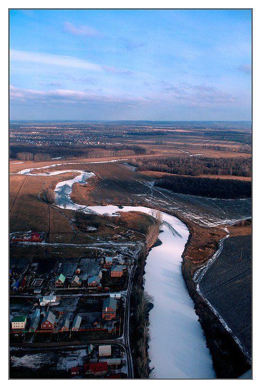 река лед за 5 минут до посадки ...photo preview