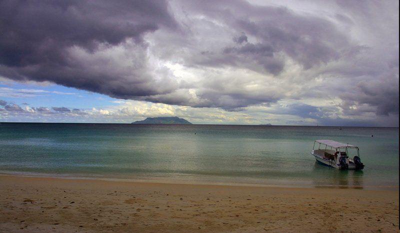 seychelles Совершенно обычный cейшельский пейзажphoto preview