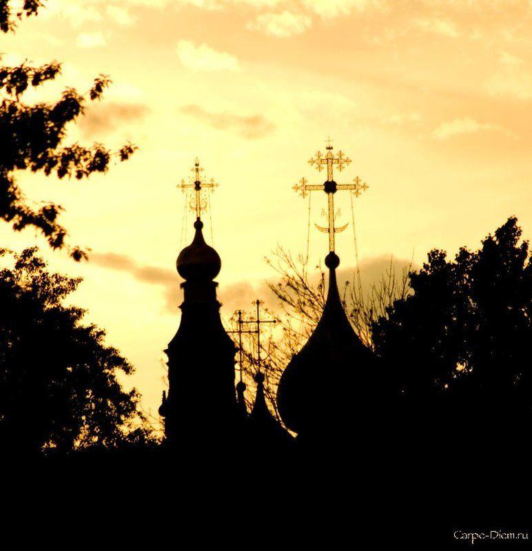 купола, церковь, контражур русское золотоphoto preview