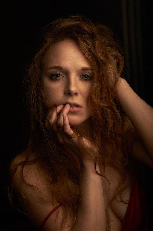 девушка портрет рыжая  portrait redhair female girl woman Корнелияphoto preview