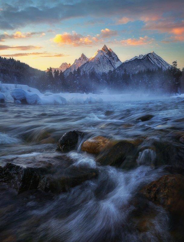 Рассвет на реке Псышphoto preview