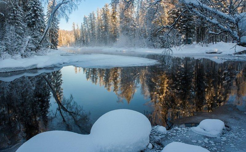 река мороз снег сугробы отражения лес зима вода Зимние чарыphoto preview