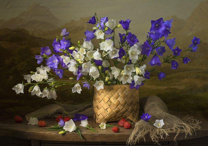натюрморт с колокольчиками,лето,букет,цветы,художественное фото,искусство. photo preview