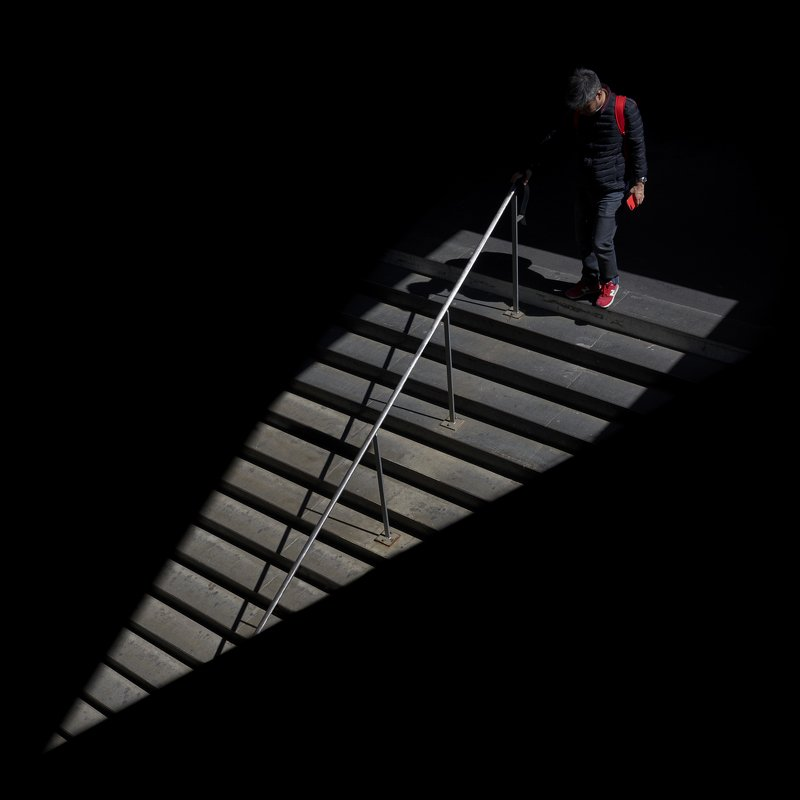 station, metro, red, smartphone, stairs, shadows the light shows your the right wayphoto preview