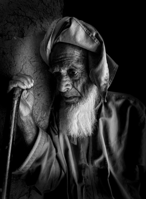 black and white,Old man Sadphoto preview