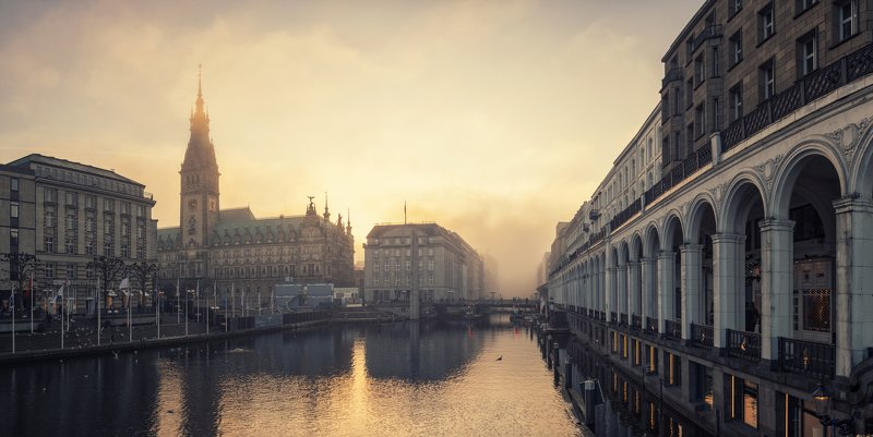 hamburg, alster, water, fog, sunset, arcaden, canal, city, downtown 01.01.2020!!! Happy New Year!!!photo preview