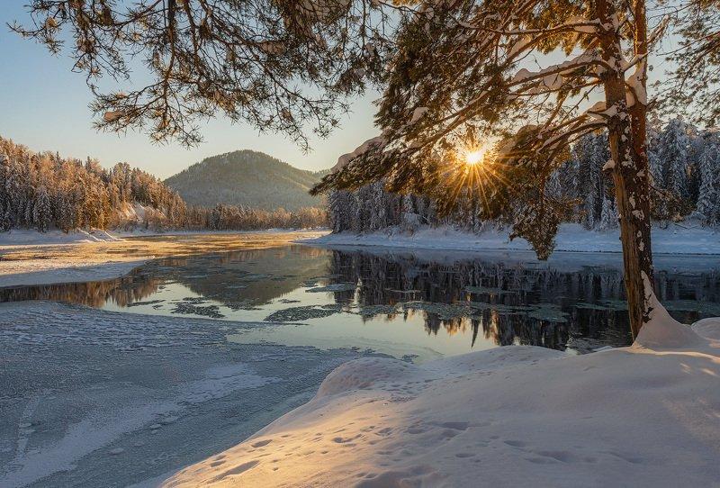 река, бия Зимний Алтайphoto preview