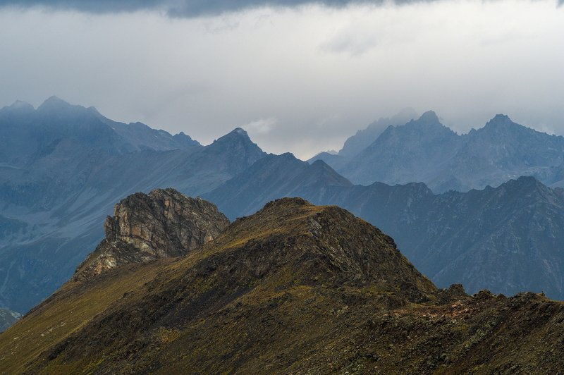 гора, рассвет, небо, плато, облака, утро, тучи, непогода, домбай ГОРЫ ХМУРЯТСЯphoto preview