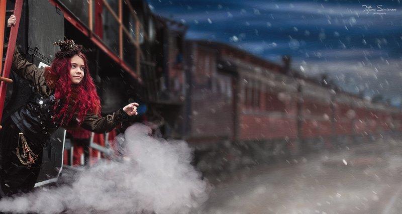 стим панк, волшебство, сказка, паровоз, сказочная фотосессия, шляпка, красный цвет Паровоз в волшебную страну отправляется! Просьба, занять свои места! Кто с нами? photo preview
