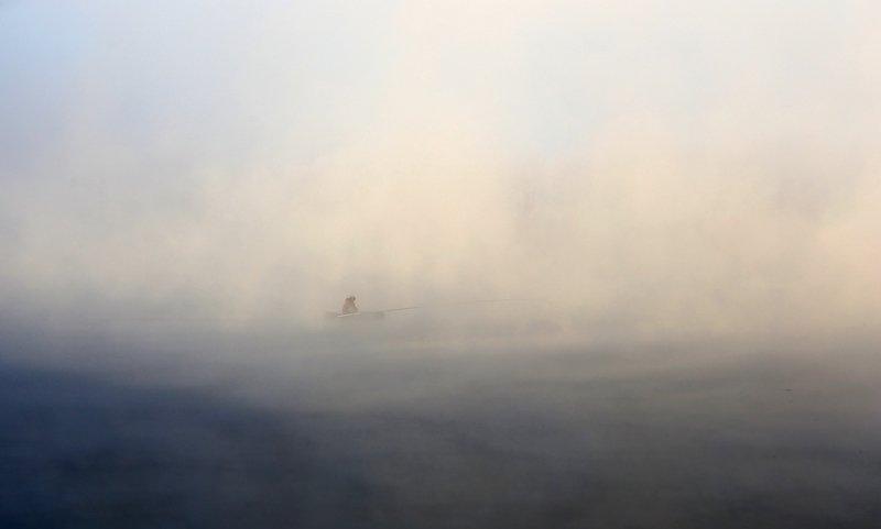 Одинокий рыбакphoto preview