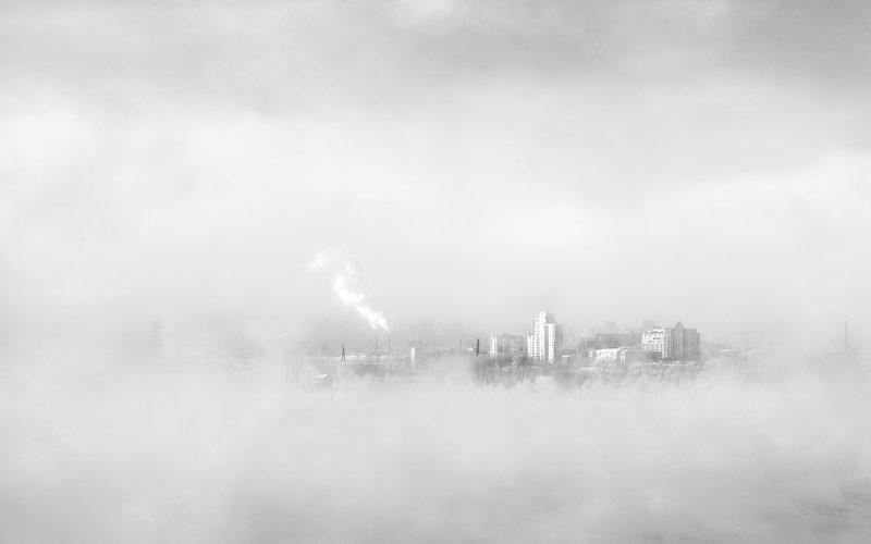 пейзаж, природа, чб, черно-белое, белый, светлый, зима, мороз, холод, лед, река, туман, иней, снег, город, красноярск, татышев, енисей, сибирь, пар Город в облакахphoto preview